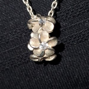 925 silver necklaces and flower pendant